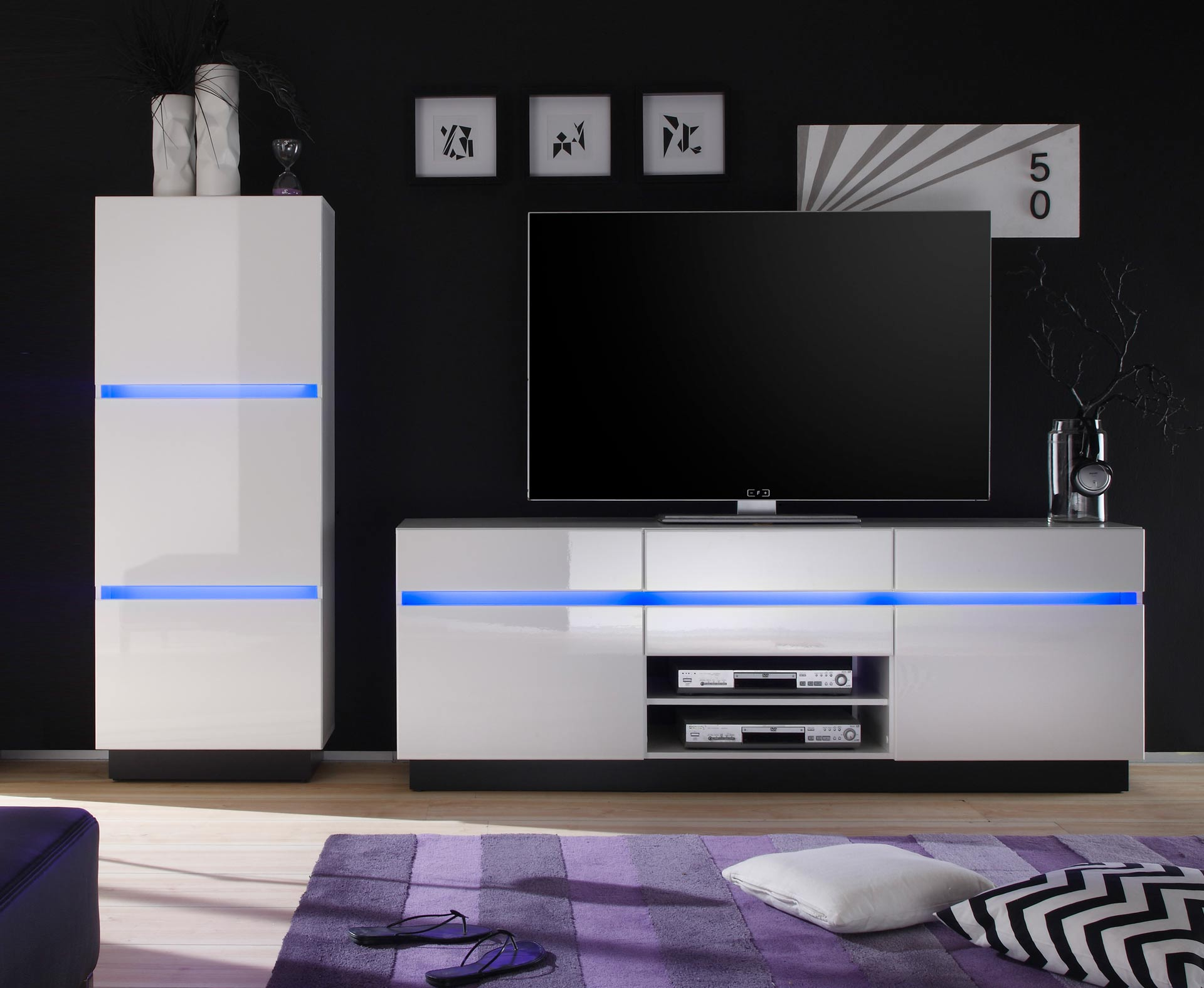 tv schrank h ngend m bel design idee f r sie. Black Bedroom Furniture Sets. Home Design Ideas